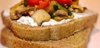 اسنک قارچ و پنیر