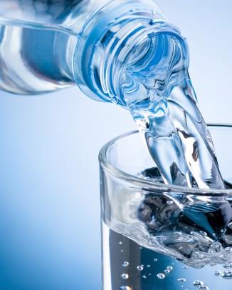 روزانه چند لیوان آب بنوشیم؟!